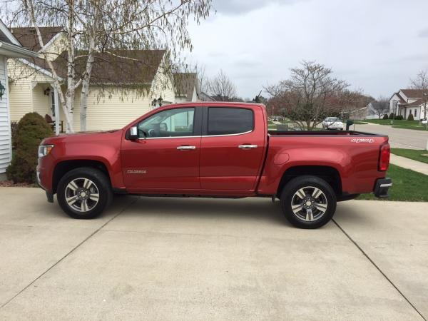 Showcase cover image for Chevy Colorado LT 4x4 Short Bed