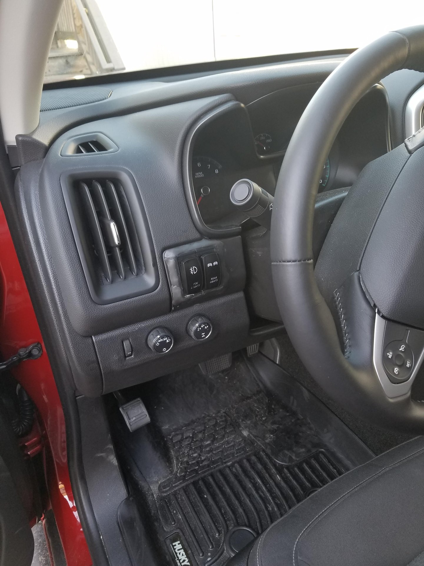Lets see your switch setups??   Page 4   Chevy Colorado