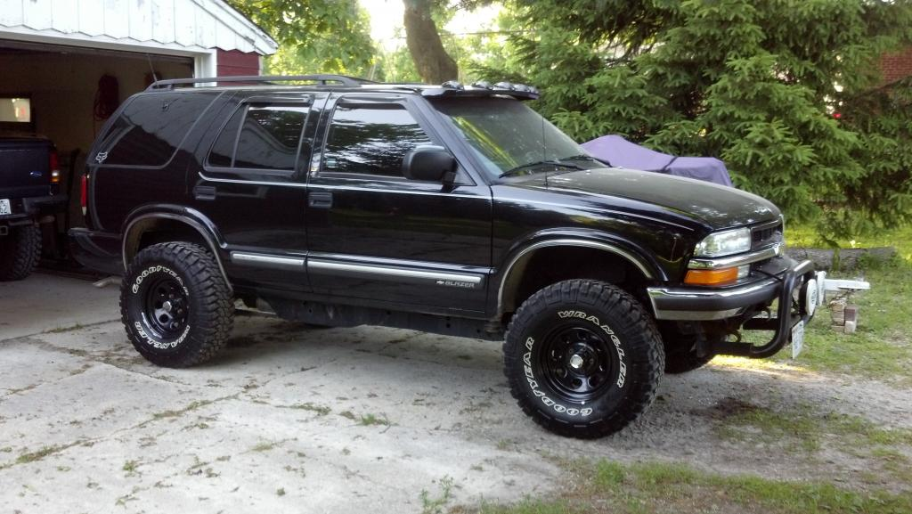 My Other Toy 2001 Blazer Lt 2inch Pa Body Lift Shackes And Tb Crank On 32x11 5 Wrangler Mtr S Chevy Colorado Gmc Canyon